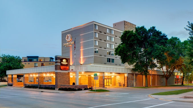 DoubleTree By Hilton -