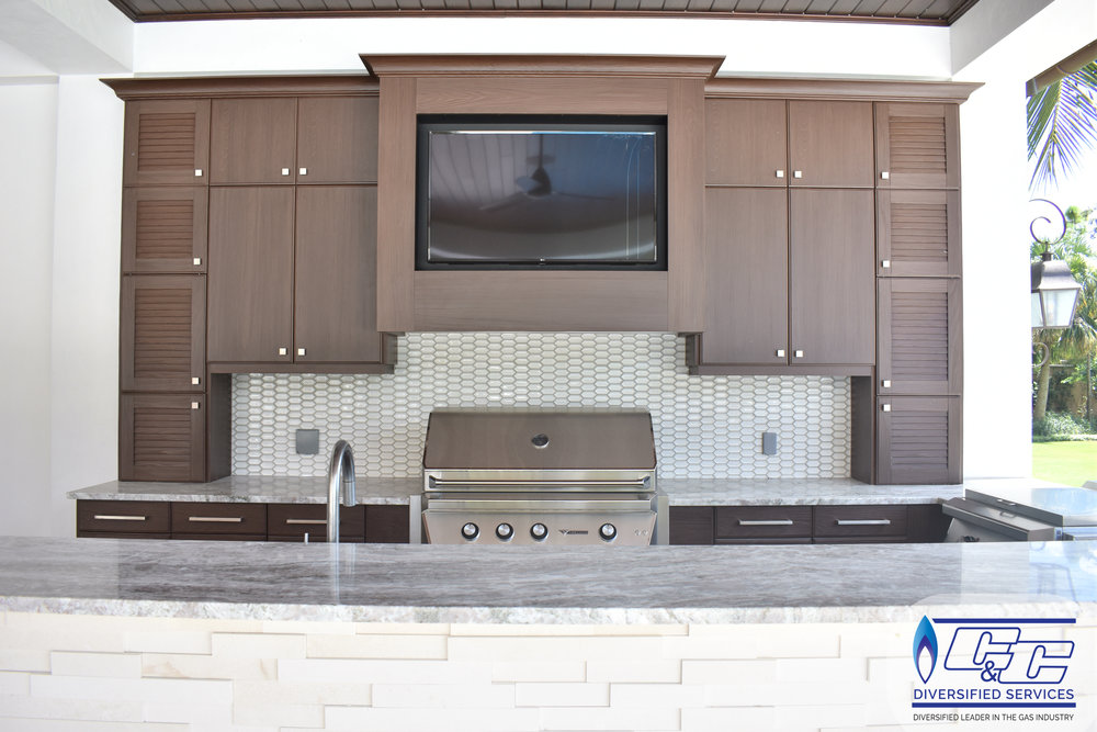 NatureKast Weatherproof Cabinetry - Custom Built Vented Hood