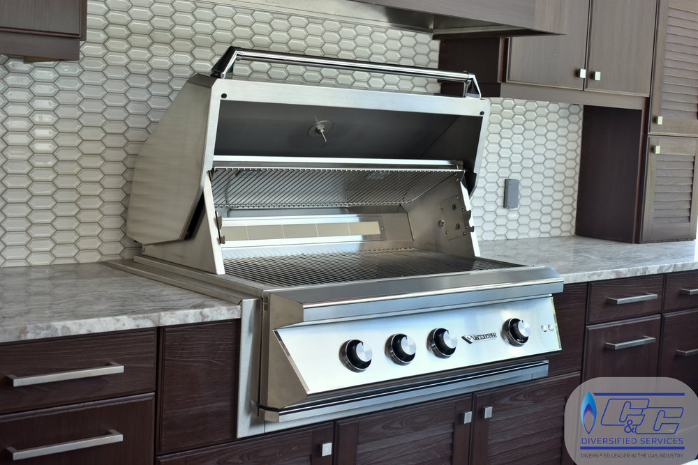 "NatureKast Weatherproof Cabinetry - 42"" Twin Eagles Gas Grill with Infrared Rotisserie and Sear Zone"