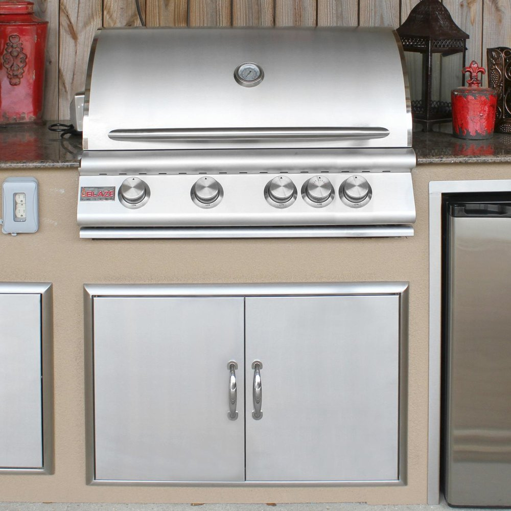"32"" Blaze 4-Burner with Rear Infrared Burner"