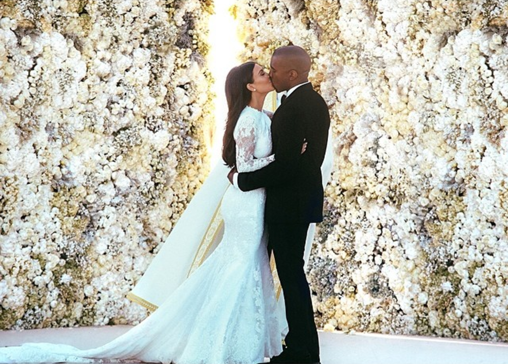 Andrea Park, Brides.com, 26/05/17, link to original image downloaded 12/01/18:  https://www.brides.com/story/kanye-west-kim-kardashian-white-roses-wedding-anniversary-gift