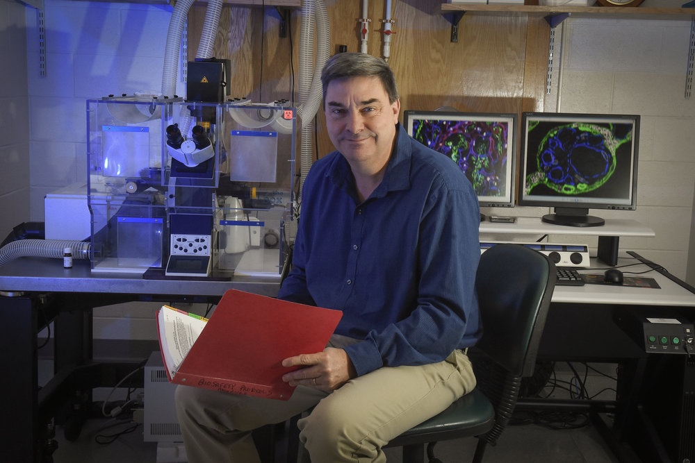 Mike Tighe A.A.S    mtighe@trudeauinstitute.org  o Flow Cytometry and Histology Manager
