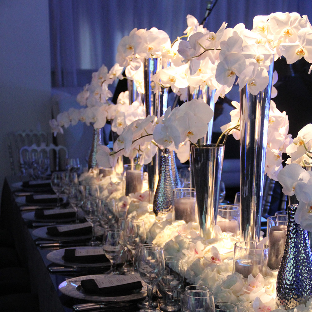 WHite Chrome Bar Mitzvah - Espace