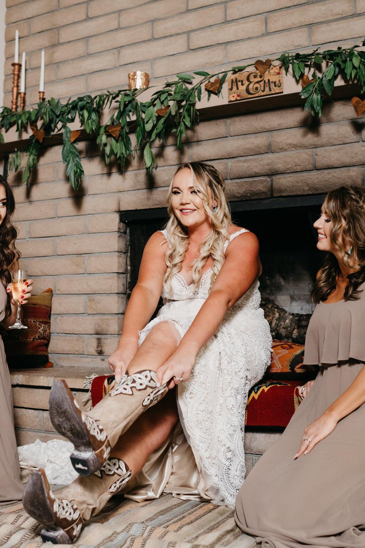 bohemian wedding Big sur California Coast adventerous wedding elopment intimate wedding photographer