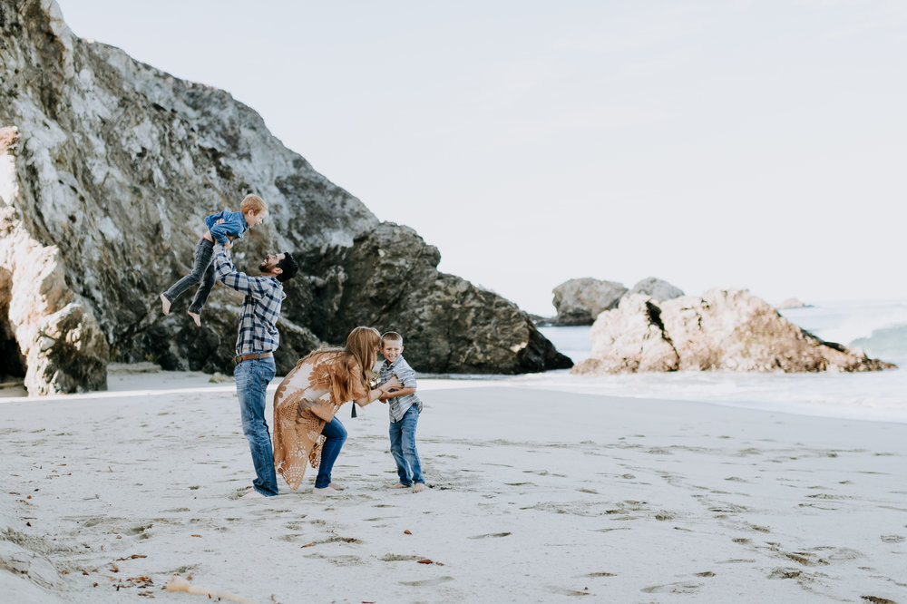 big sur family photographer adventure