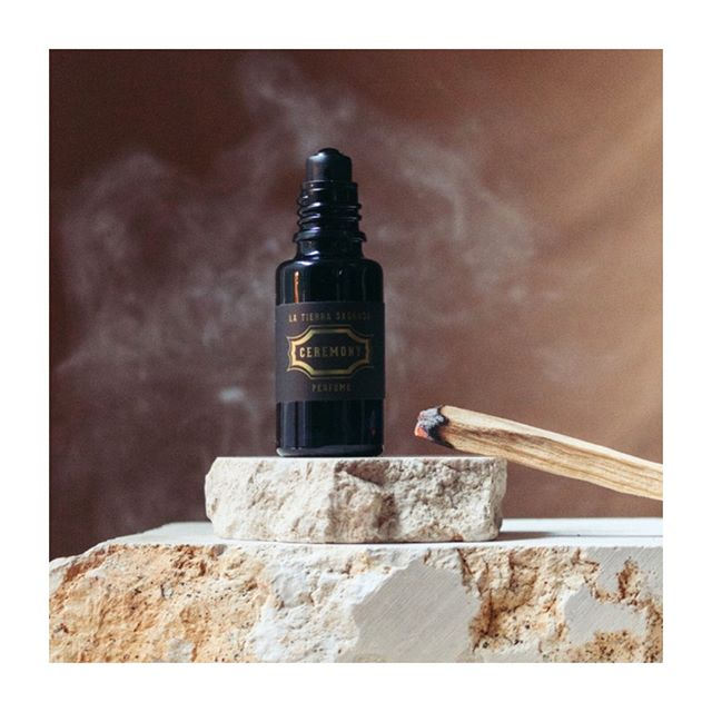 In honor of my past, I created a perfume to memorialize the healing and grounding scents of ceremony. I was obsessed with capturing the earthy warmth and depth.  The blend is: Palo Santo - Traditionally used in ceremony to clear out negative energies. Vetiver - To recreate the smoky scent of Mapacho, a traditional Amazonian Tobacco, used for protection in ceremony. Bergamot - A light citrus scent to replace the traditional Florida Water, used to cleanse in ceremonies.  Thank you to @sanaeintoxicants for helping me to create the idea so perfectly.  We only have a handful of these left. Check out link in bio to get yours while you can!  Photo by @lmarissaboone . . . . . . . . . #greenbeauty #nochemicals #naturalhairproducts #ecofriendlyproducts #nontoxicliving #naturalbeautyproducts #sustainablebeauty #haircaretips #hairrepair #greenbeautyproducts #haircareroutine #organicsalon #healthyscalp #consciousbeauty #hairgrowthoil #hairoils #lowimpactlifestyle #crueltyfreehair #earthconscious #naturalhairproduct #overprocessed #hairstylingproducts #sustainablehaircare #hairritual #latierrasagrada #hairemony #hairritual