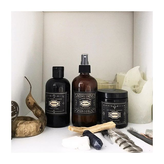 Several brands establish themselves as 'self care'—but what does that really mean? 🤔 La Tierra Sagrada products focus on the importance of creating intentional ritual around hair care.  Essentially, this means taking time out from our busy schedules and the daily noise around us to create a dedicated space to care for both our hair and our wellbeing.🥰 With this in mind, every product in the line is designed with an intentional Hairemony— a ceremony around our hair and self.. ✨💆🏻♀️✨