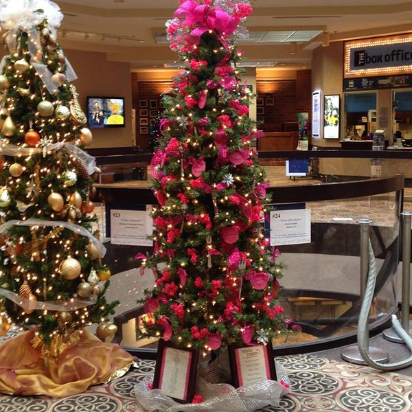 Service League 2017 Holiday Tree