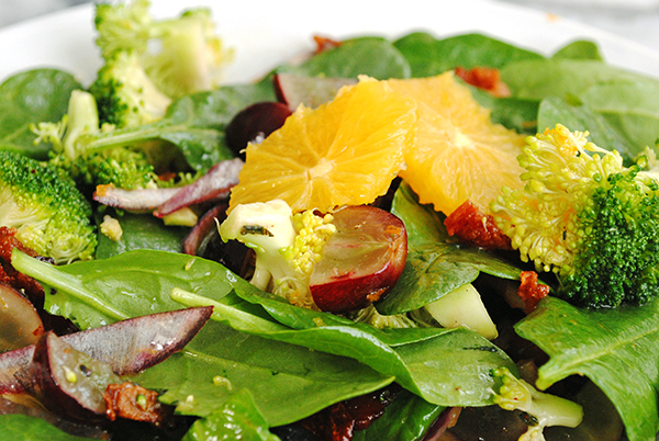 spinach salad with grapes and oranges