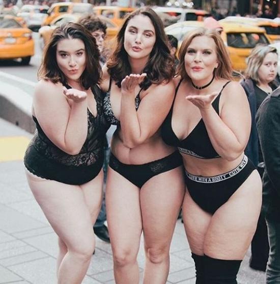 mujeres_reales_desfile_en_el_time_square_6_files_17.jpg_1744596516.jpg
