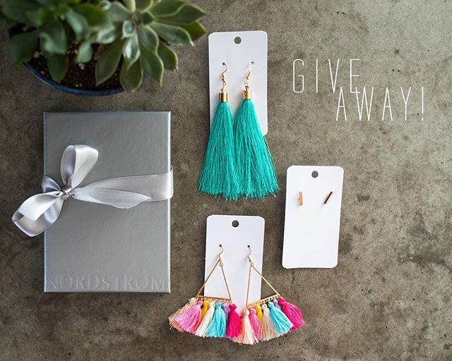 ⚡️ It's GIVEAWAY time!⚡️ I have teamed up with two bad ass chicks to give you guys an awesome giveaway including: - A one hour photo session with yours truly (value $450) - $100 Nordstrom Gift Card from @carnationsandlace - Not 1, but 3 pairs of adorable earrings from @emmyivyearrings ⠀⠀⠀⠀⠀⠀⠀⠀⠀ Here's how to get the goods! 🤞🏼 1. Follow all three accounts: @kbaummy @carnationsandlace @emmyivyearrings  2. Tag 3 friends on each post  3. Extra entry if you post in your story and tag us! ⠀⠀⠀⠀⠀⠀⠀⠀⠀ One winner will be announced a week from today! 🤟🏽 GO, GO, GO!  #kacibaumphotography #giveaway #photogiveaway #nordstromgiftcard #emmyivyearrings
