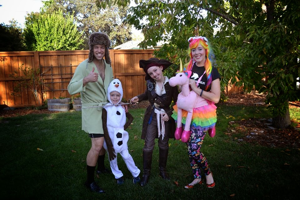 halloweenfamily2014.jpg