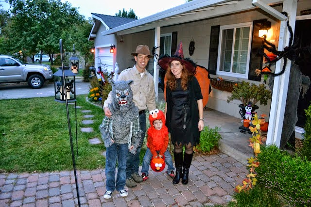 halloweenfamily2012.jpg