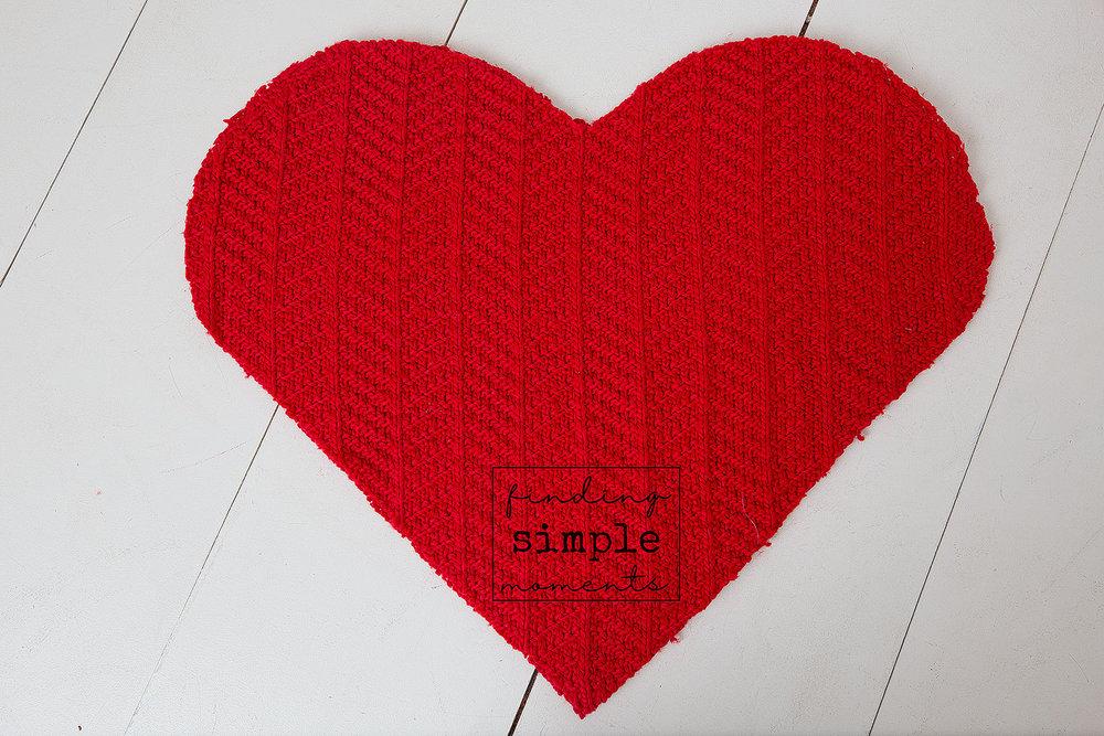 Valentine's Heart Shaped Pillow (2).jpg