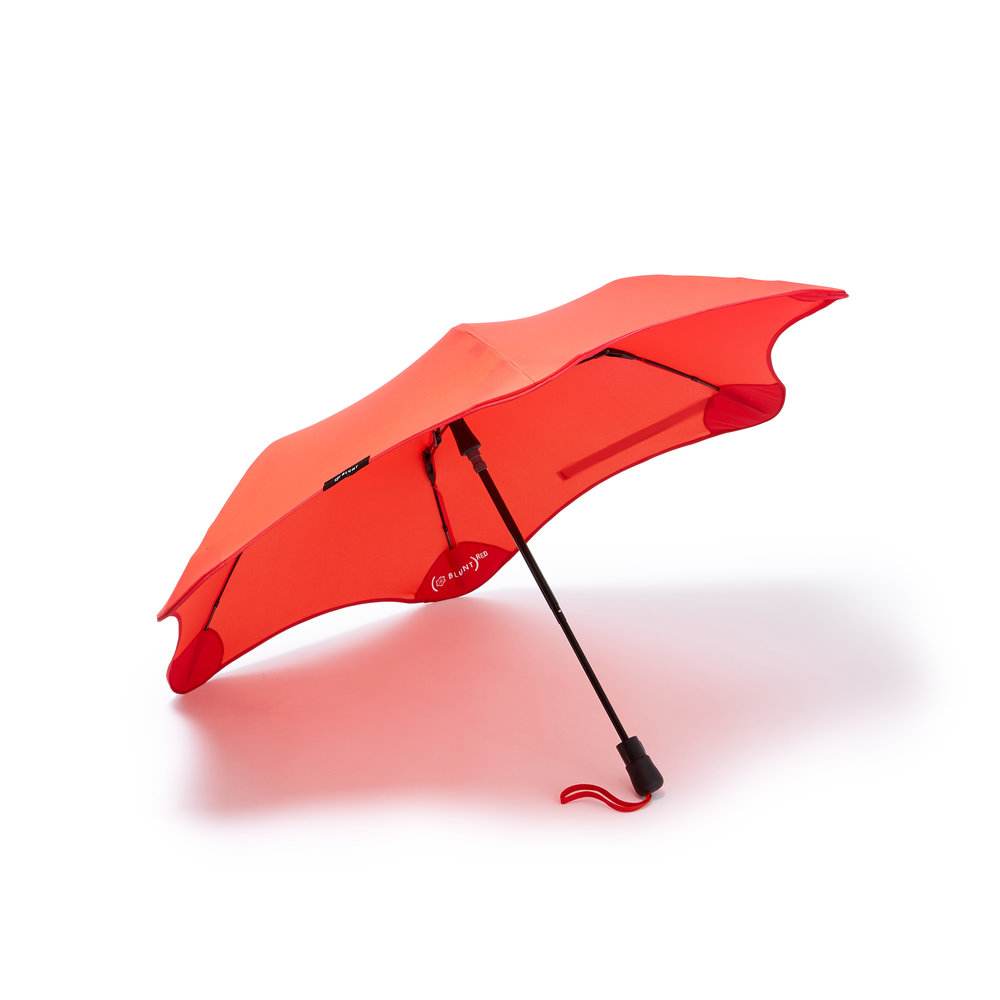 BLUNT ReD METRO UMBRELLA  $80.00