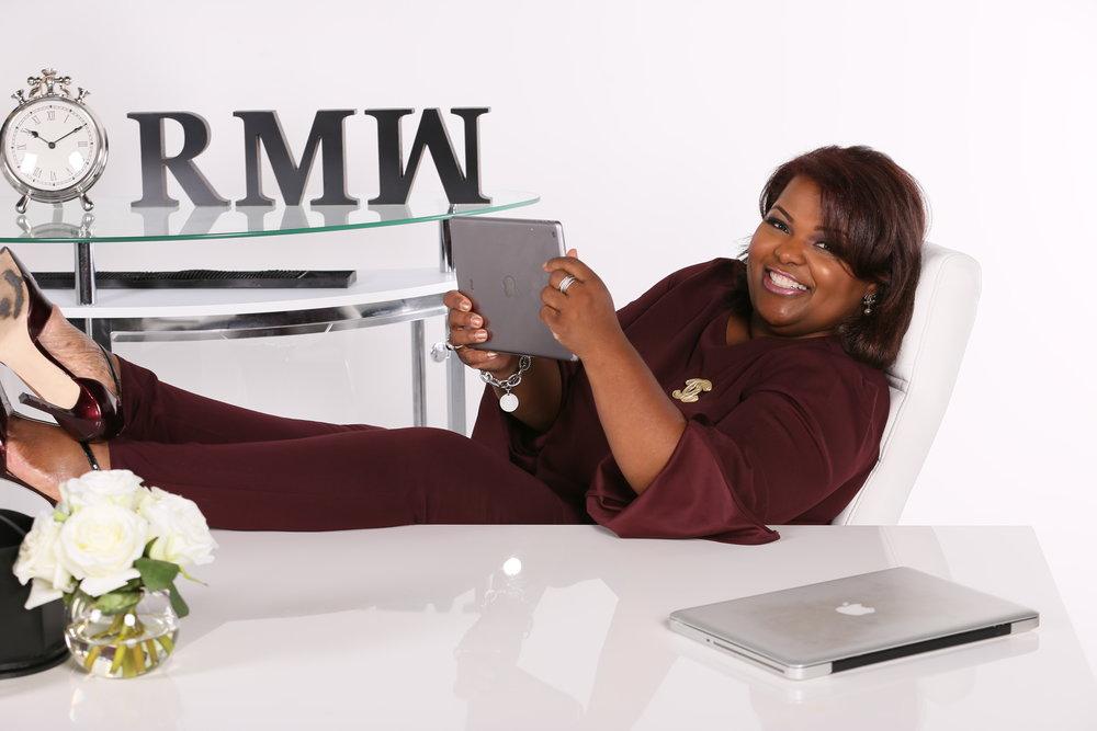 Robin with iPad.jpg