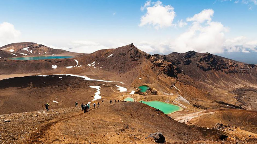 emerald-lakes-tongariro-crossing.jpg