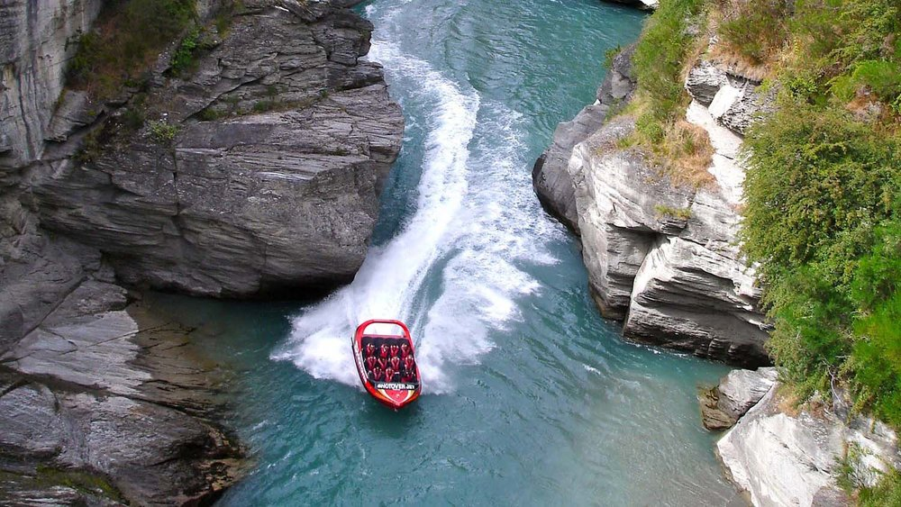 Jet-Boating-New-Zealand.jpg