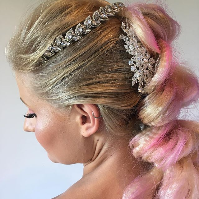 One more from yesterday just because the sparkle is so pretty! • • • • • #hairfashionandbridal #behindthechair #modernsalon #pinkpewter #pinkhair #pullthroughbraid #hairstyles #hairinspo #upstyle #cosmoprofbeauty #beyondtheponytail #beautylaunchpad