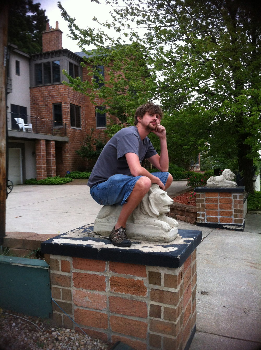 I still remember helping my dad build the pedestals for the lions at The Castle...