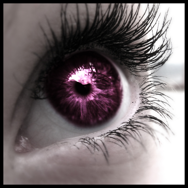 purple_eye__by_mikidenial.jpg