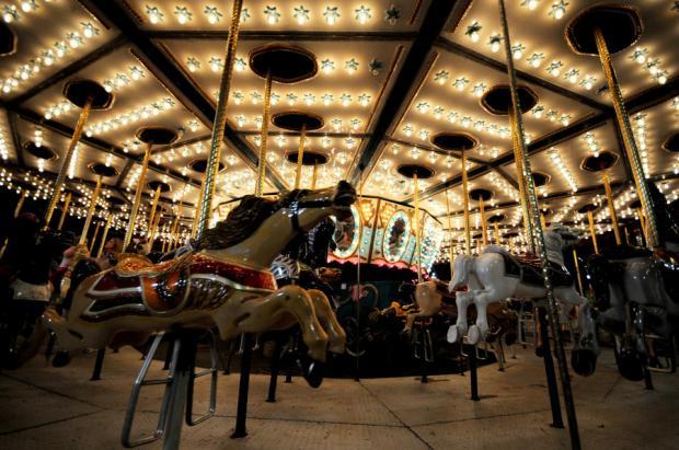 930741_Carousel-Horses_620.jpg