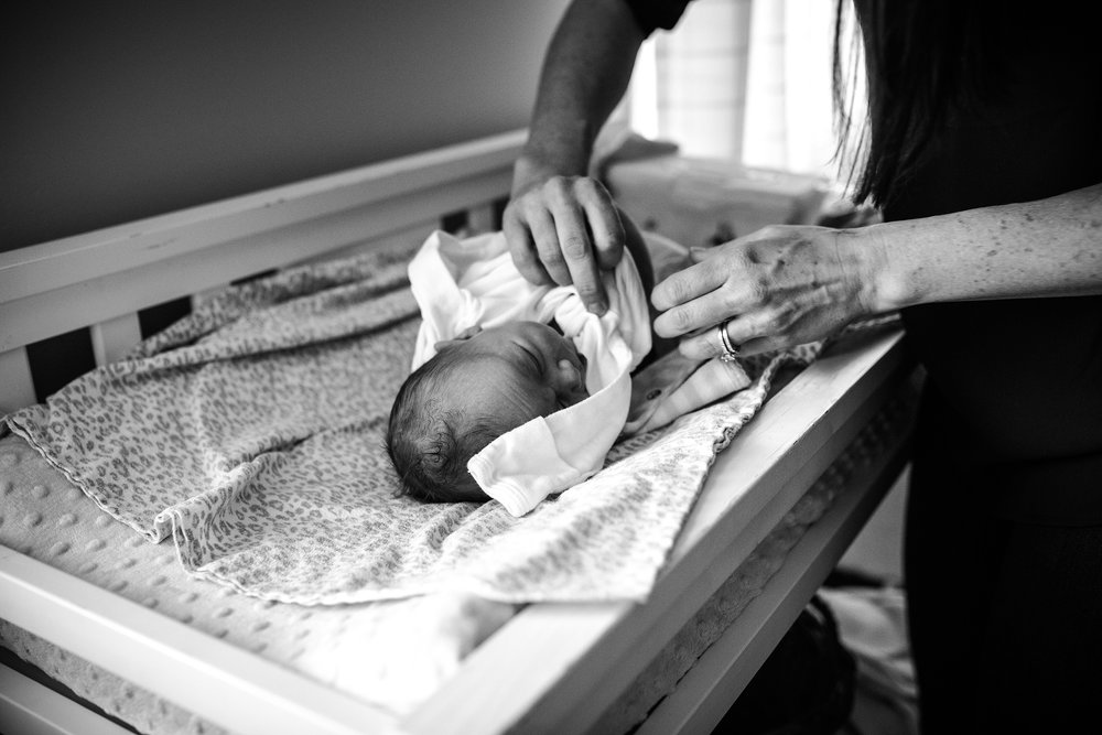 Lehigh-Valley-Documentary-Newborn-Photographer_0030.jpg