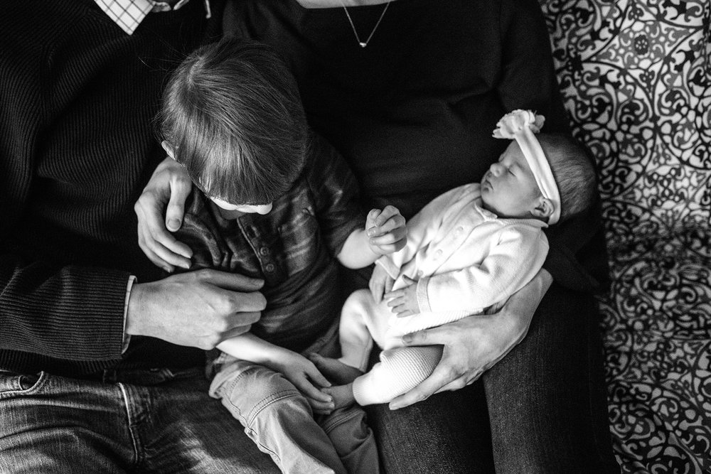 Lehigh-Valley-Newborn-Documentary-Photographer_0013.jpg