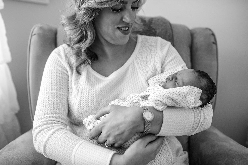 Yardley-Newborn-Photographer_0021.jpg