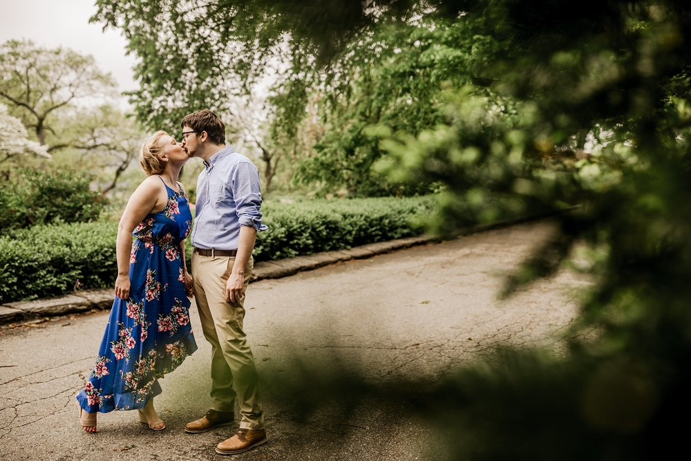 NYC-Engagement-Session-Tryon-Park_0005.jpg