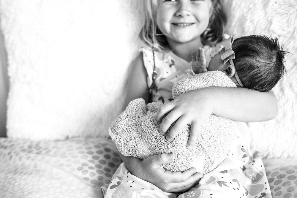 Lehigh-Valley-Newborn-Photographer_0044.jpg