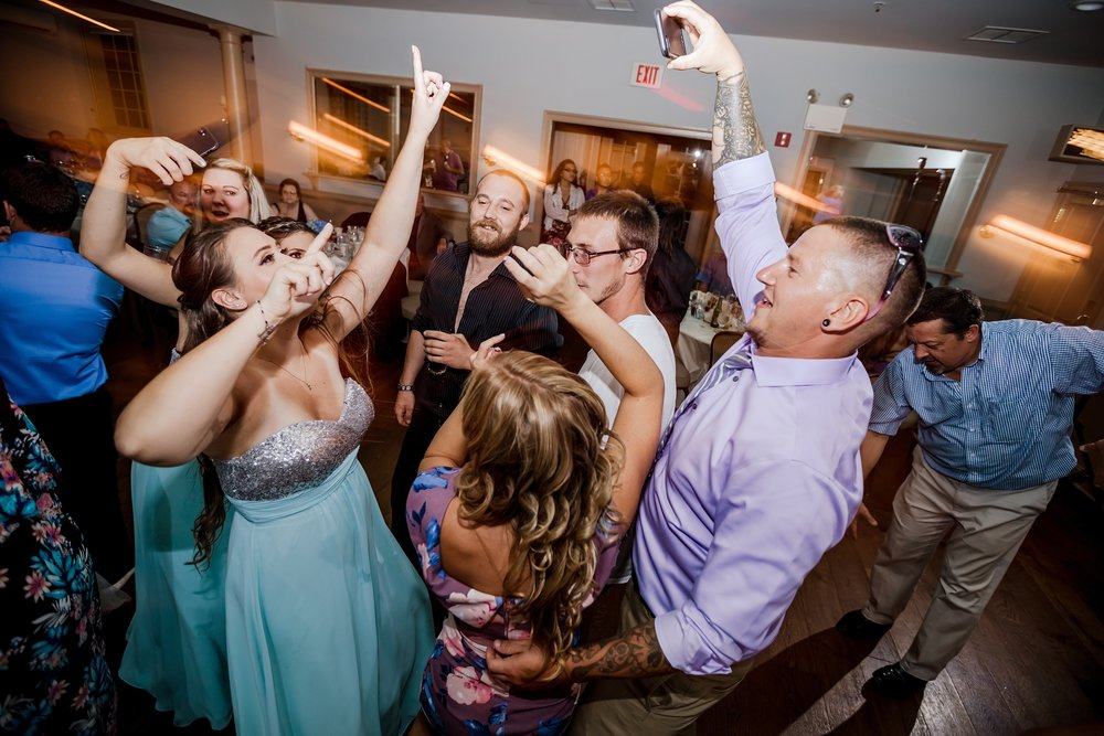 Joseph-Ambler-Inn-Wedding-Photographer_0100.jpg