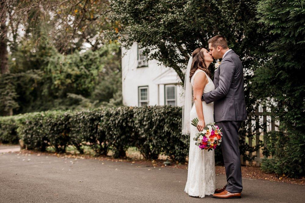 Bucks-County-Wedding-Photographer_0035.jpg