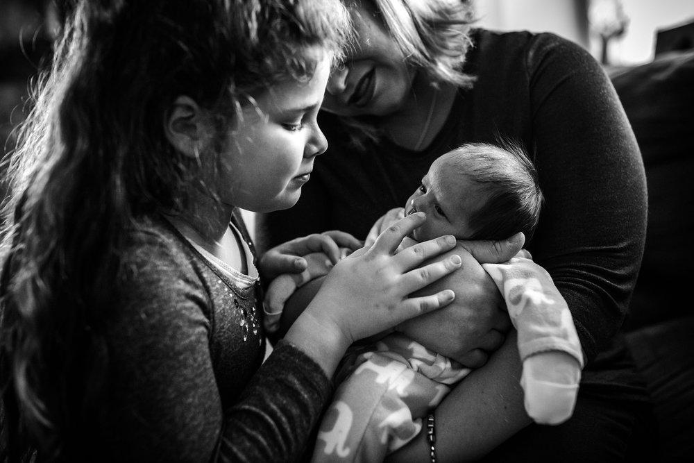 Lehigh-Valley-Newborn-Photographer_0009.jpg