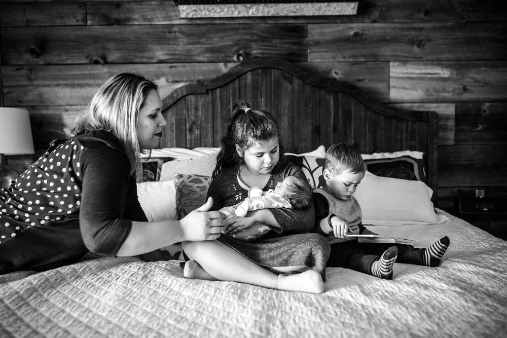 Lehigh-Valley-Newborn-Photographer_0030.jpg