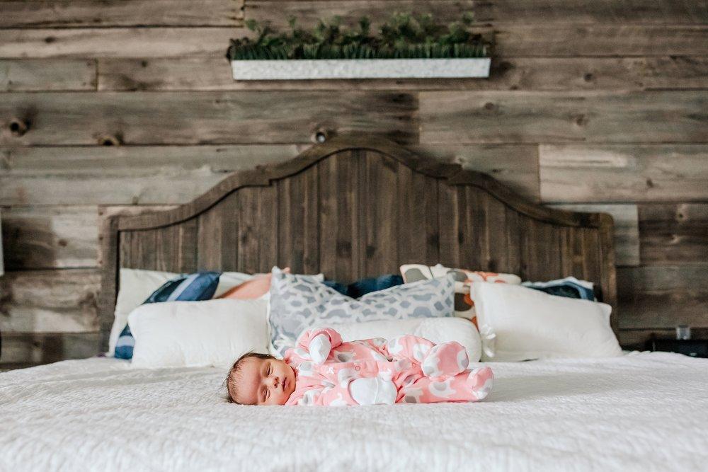 Lehigh-Valley-Newborn-Photographer_0039.jpg