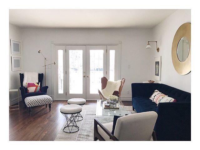Sunday✨ ⠀⠀⠀⠀⠀⠀⠀⠀⠀⠀⠀⠀⠀ ⠀⠀⠀⠀⠀⠀⠀⠀⠀⠀⠀⠀⠀ ⠀⠀⠀⠀⠀⠀⠀⠀⠀⠀⠀⠀⠀ ⠀⠀⠀⠀⠀⠀⠀⠀⠀⠀⠀⠀⠀#homedecor #insta #interiors #interiorstyle #livingroom #livinginstyle #showemyourstyled #interior #sodomino #inmydomaine #mydomaine #interiorspace #theeverygirl #apartmenttherapy #style #chicagodesigner #jorieburnsdesign