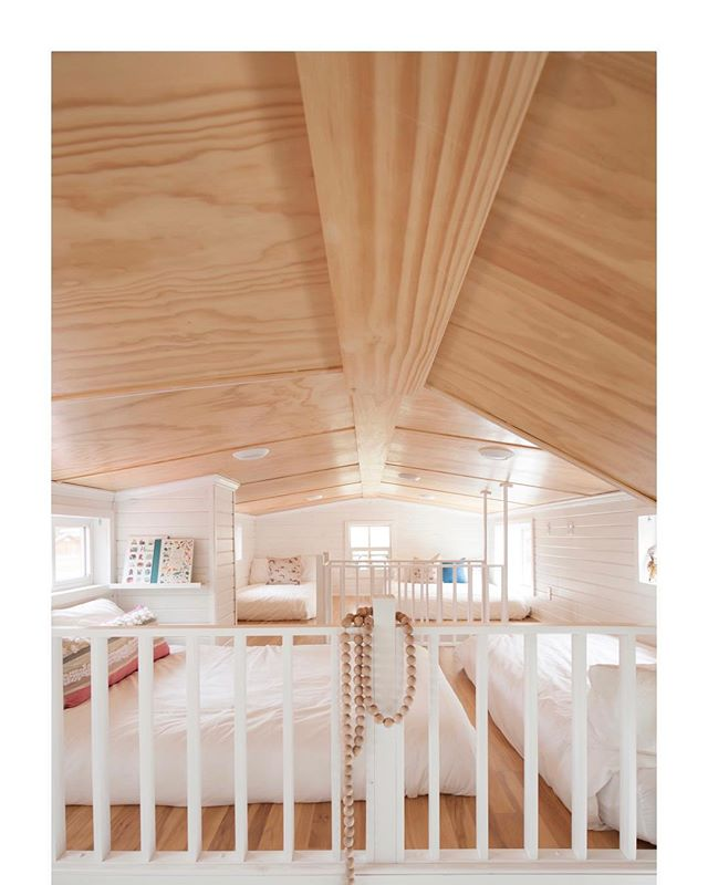 Our kids sleeping quarters... ⠀⠀⠀⠀⠀⠀⠀⠀⠀⠀⠀⠀⠀⠀⠀ ⠀⠀⠀⠀⠀⠀⠀⠀⠀⠀⠀⠀⠀⠀⠀ ⠀⠀⠀⠀⠀⠀⠀⠀⠀⠀⠀⠀⠀⠀⠀#tinyhouse #diyer #tinyhousedesigner #tinyliving #instacool #photography #dreambiglivetiny #lagom #bohodecor #nordicdesign #brightlight #neutral #naturalhome #sustainableliving #sustainabledesign #homedecor #style #interiorstylist #interiordesign #interior #intentionalliving #simpleliving #whiteandwood #rustic #cabinlife #cabinstyle #bohostyle #puremichigan #threeoaksmichigan #scandinaviandesign