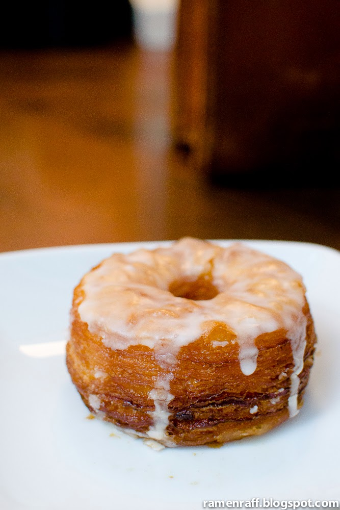 Glazed brewnut