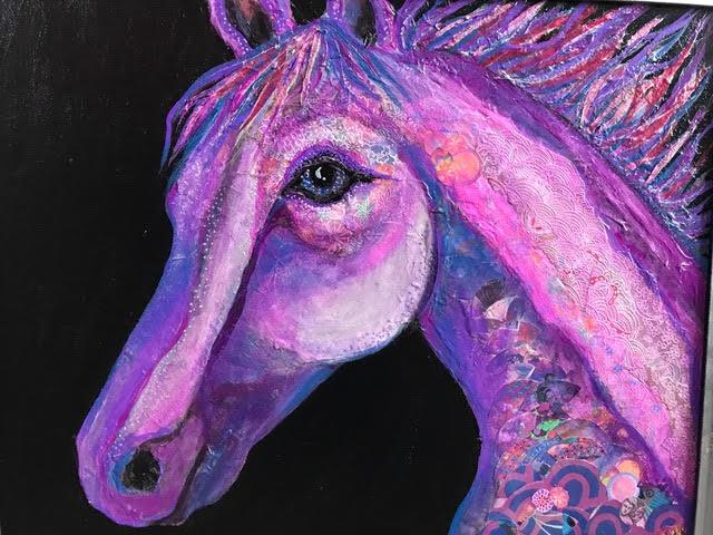 <strong>Magenta Horse</strong>