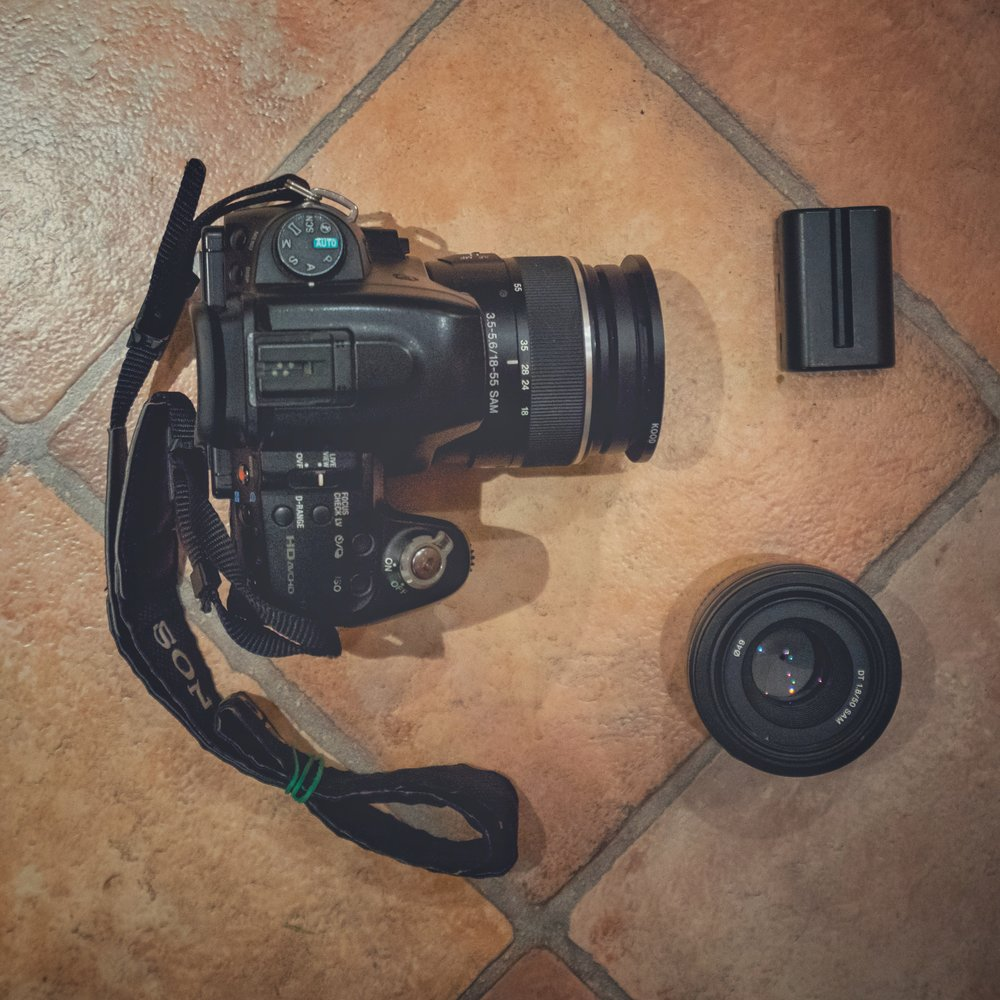 #9 The Backup Camera - I got a Sony A580 with a 18-55mm Kit lens and a 50mm F1.8.