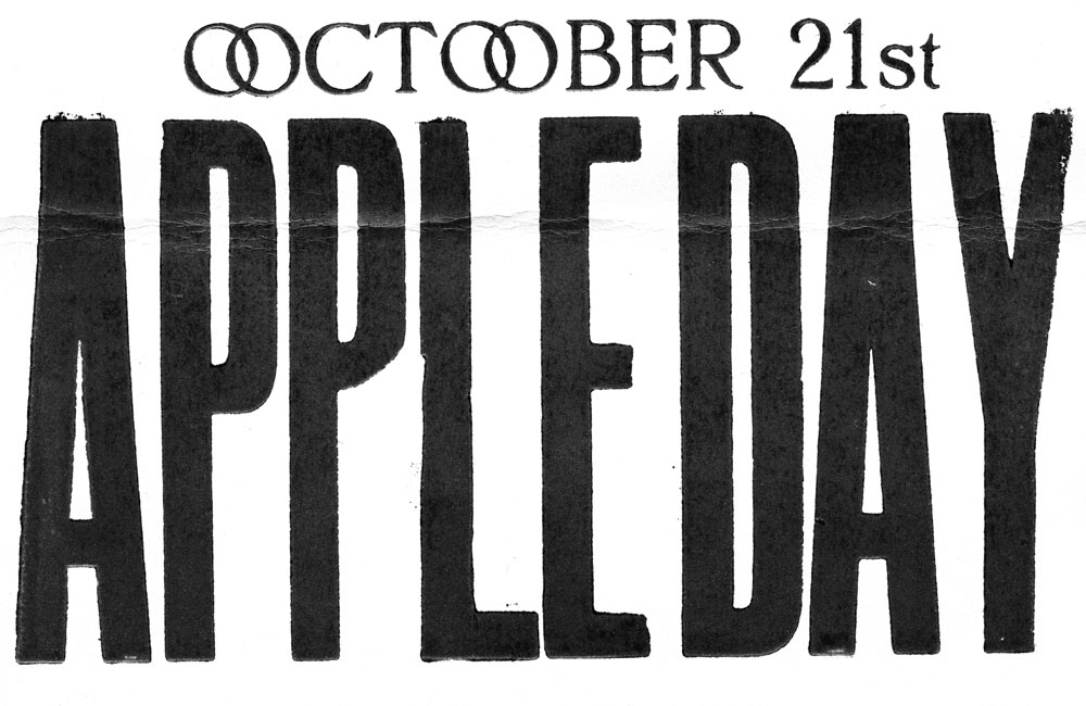 Apple-Day-Lettering1.jpg