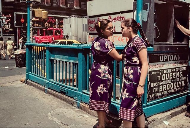 Uptown tiger lily twins #robertherman #nyc #nycphotographer #1980s  #turquoise #broadway #timessquare #purplesilk #flowerpattern #tigerlily #streetphotography #streetphotography_color #kodachrome
