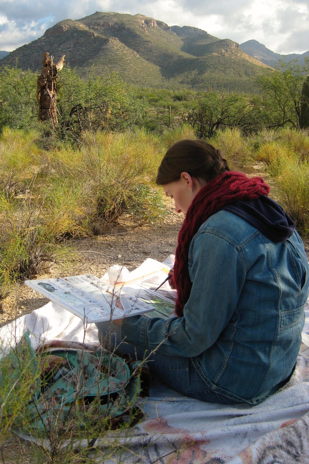 Lewman creating plein air watercolors in Sabino Canyon near Tucson, Arizona.