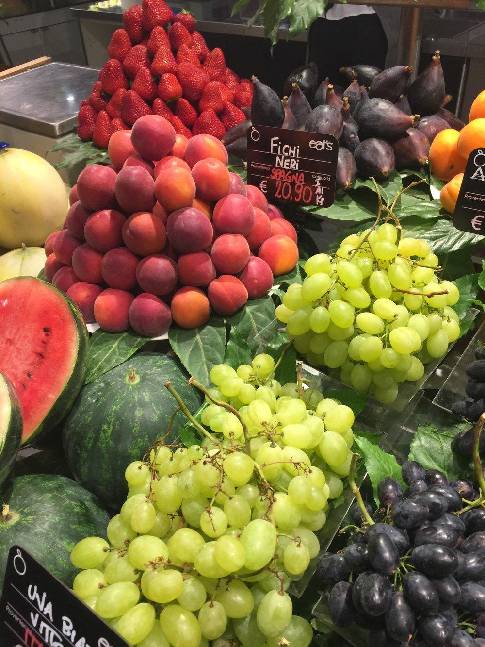 fruits carolina levie purefood.jpg