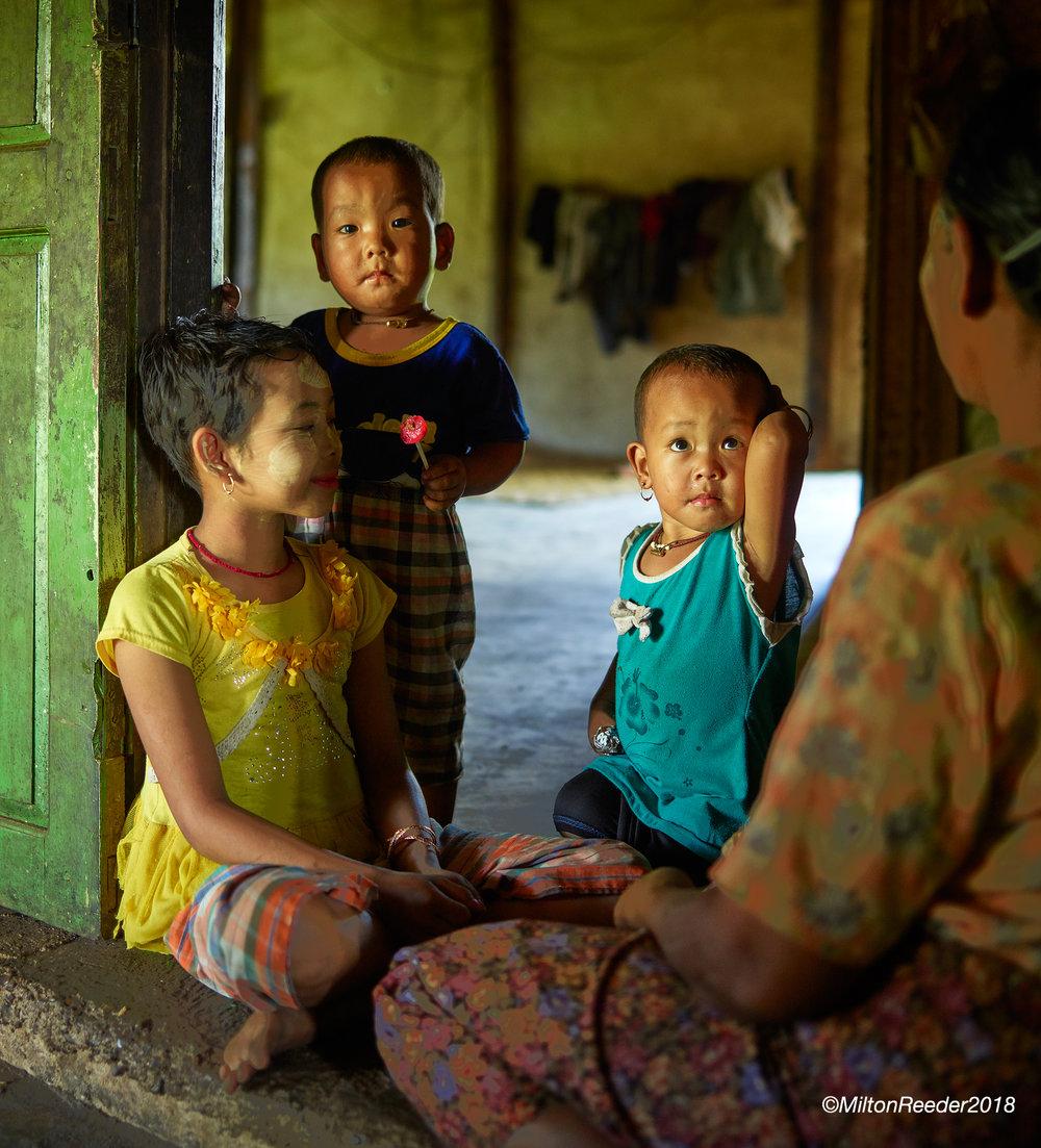 Mother & Children, Inle Lake, Myanmar