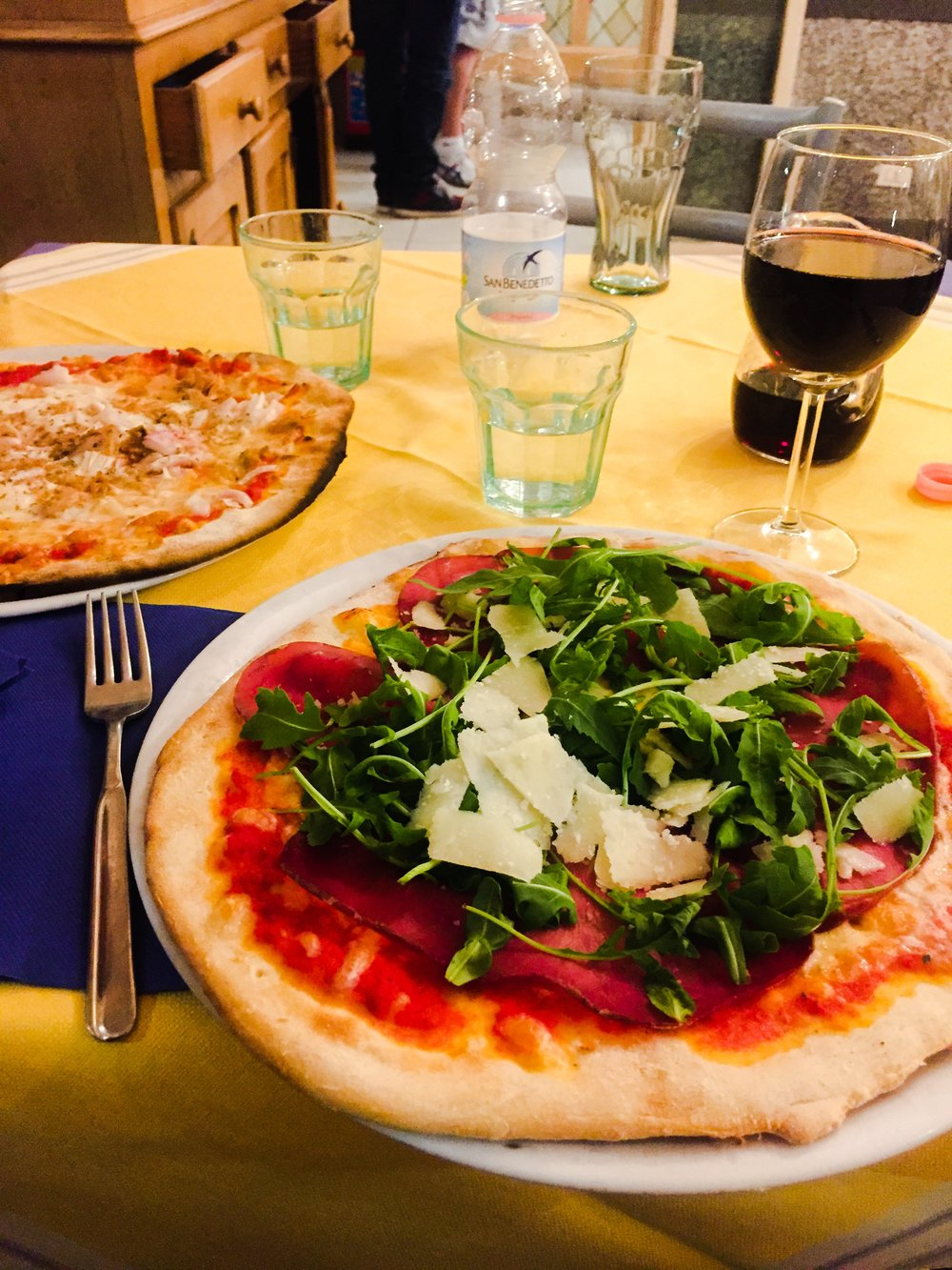 pizza italy tuscany food olives eating disorder addiction yoga retreat cheese healthy exercise