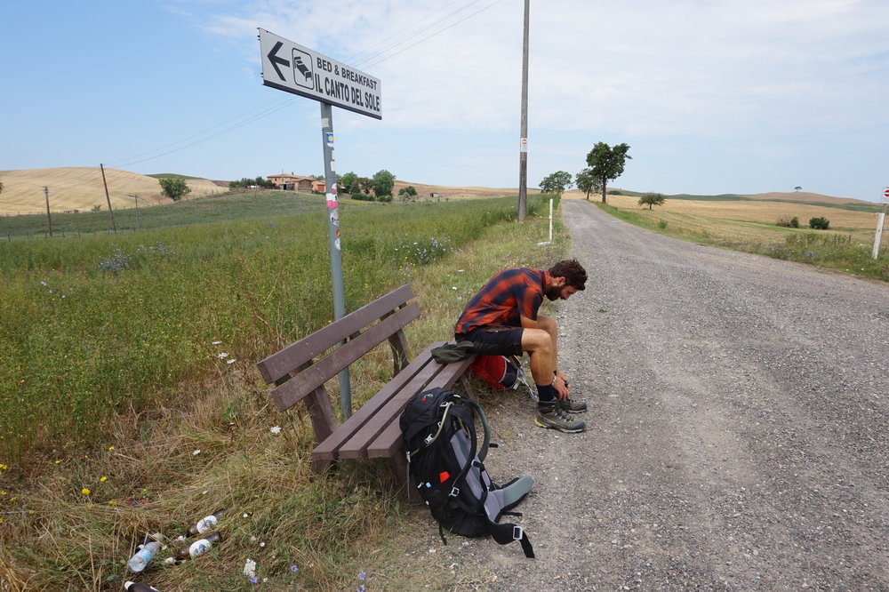 tuscany explore travel walk hike via francigena viaggio slow travel scenery landscapes