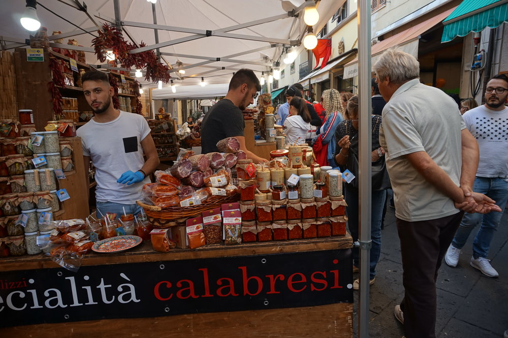italy chilli hot toscana tuscany piccante cooking cucina food travel camaiore festa