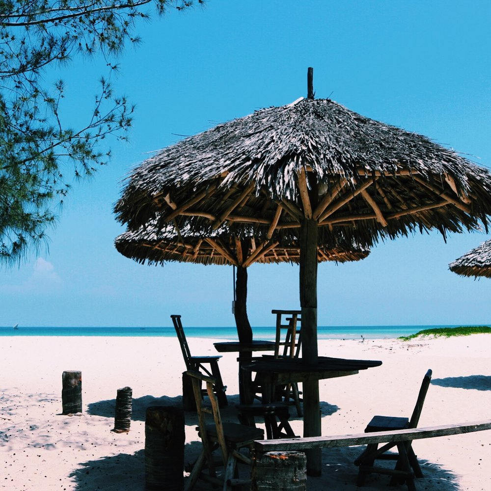 Hawaii Beach Ununio, Dar es Salaam
